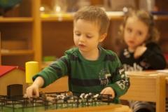 Montessori-Kronberg-Bilder-Kinderhaus-06
